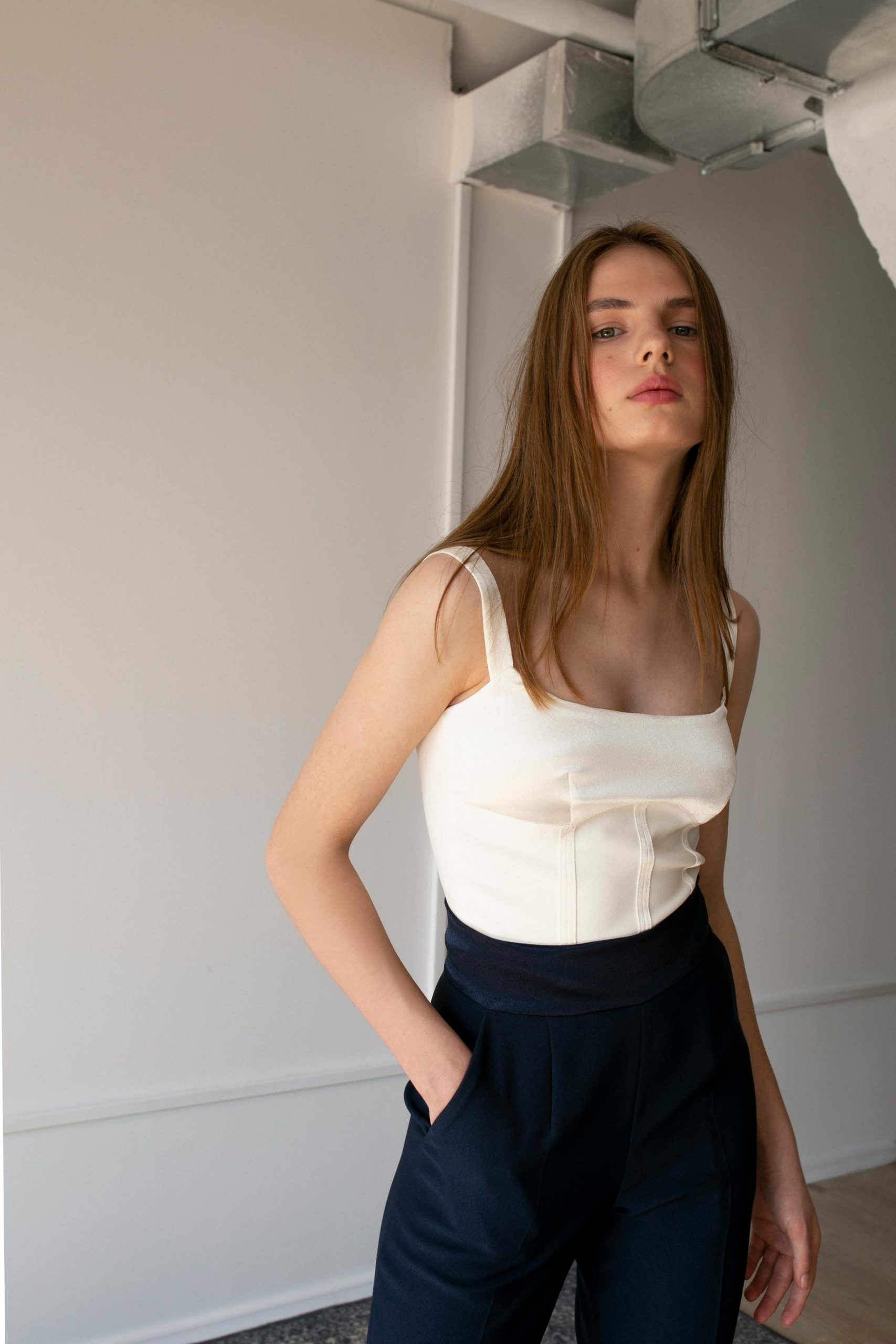RAQUETTE SS20 - Le corset in cady crepe / Space blue trousers