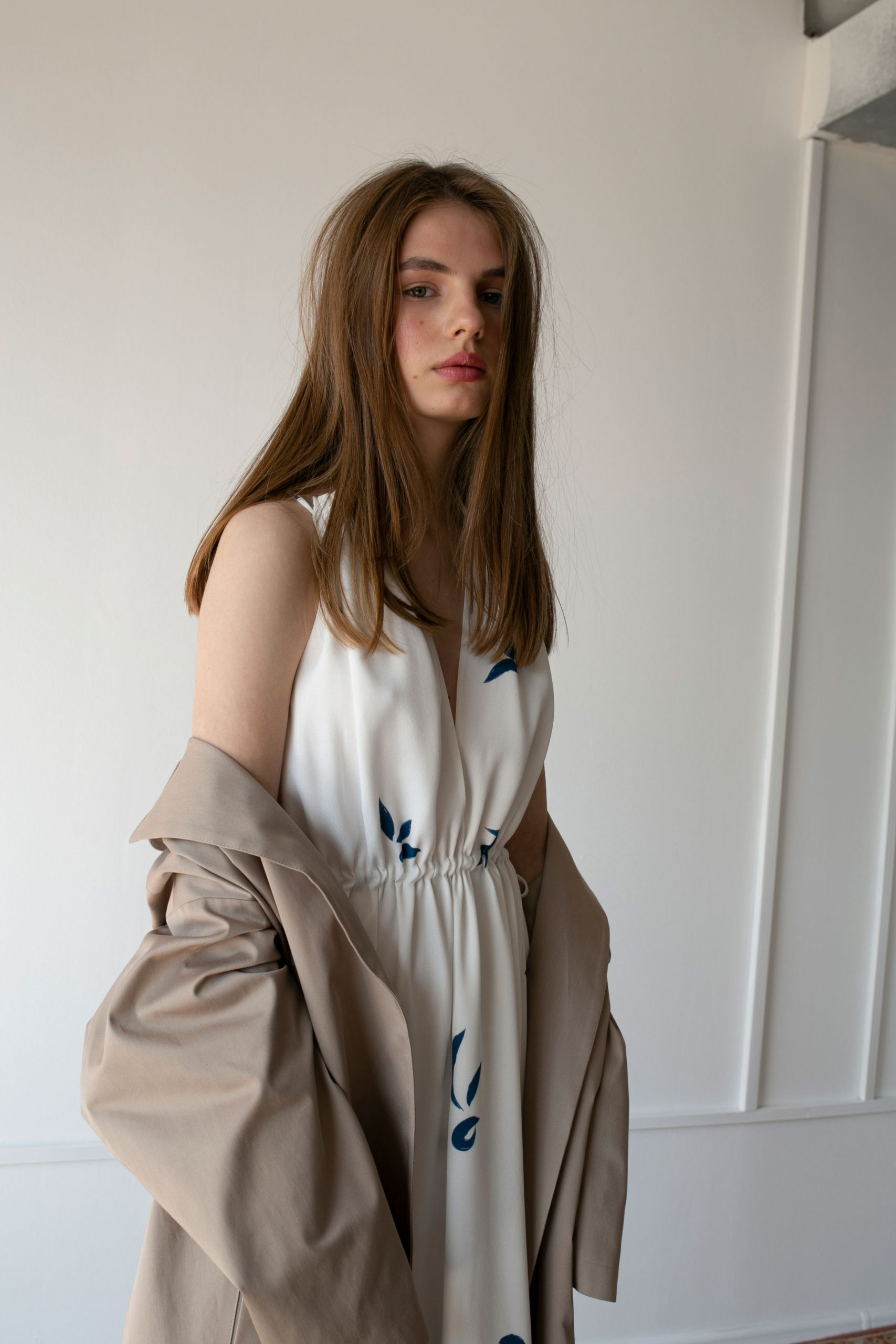 RAQUETTE SS20 - La Piscine string dress / Moondust trench